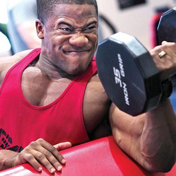 Jak budować masę mięśniową aktywnie wspomagając organizm
